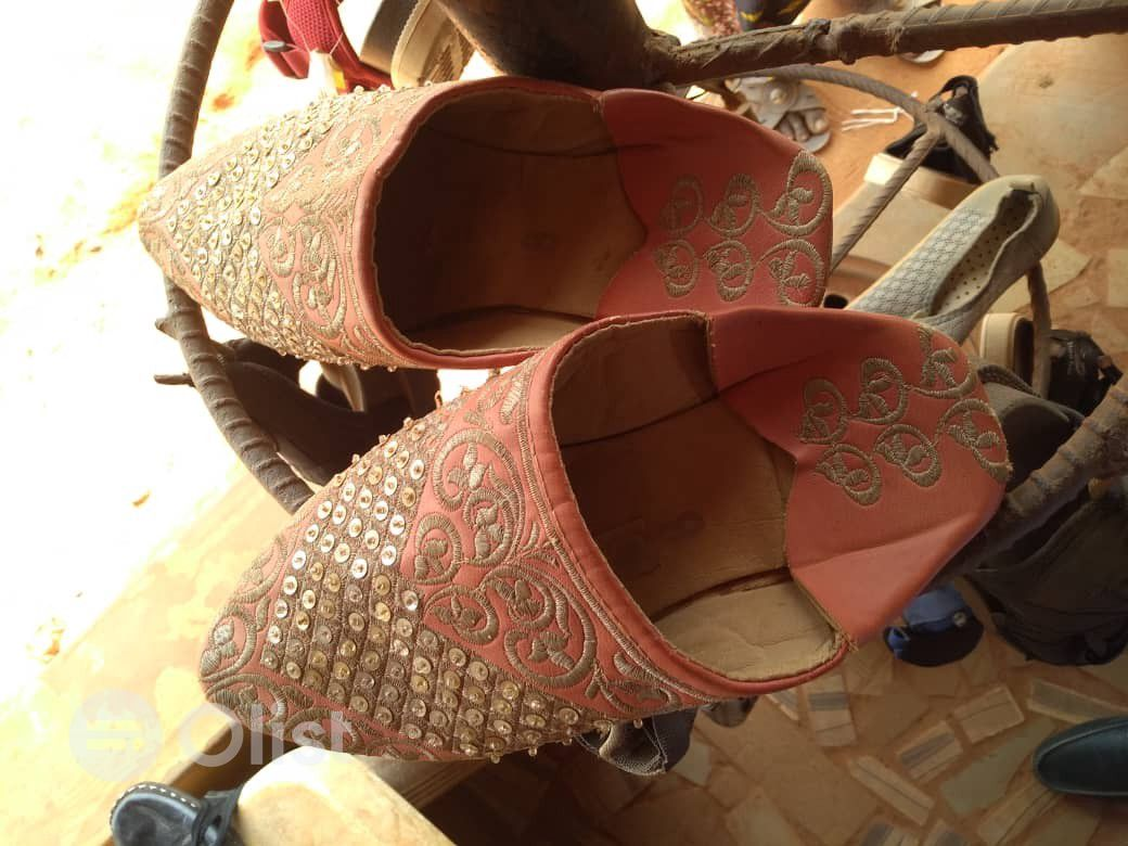 Flats shoes for Sale.