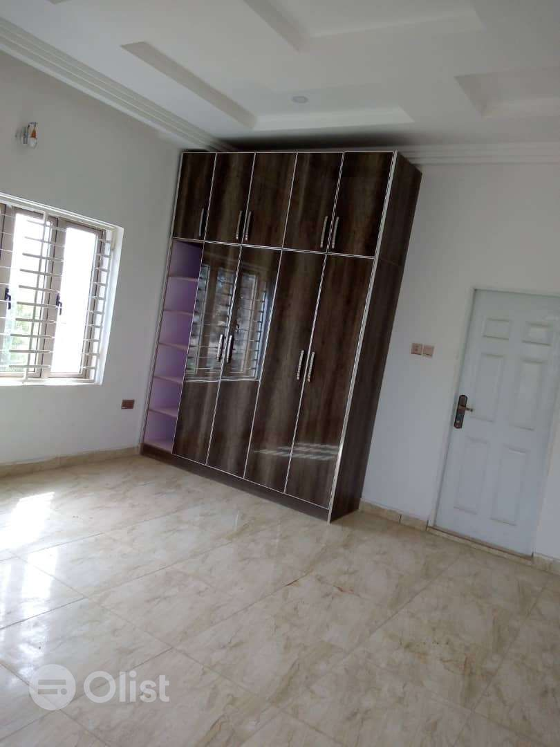 newly built 2bedroom flat for rent in quiet environment durumi abuja