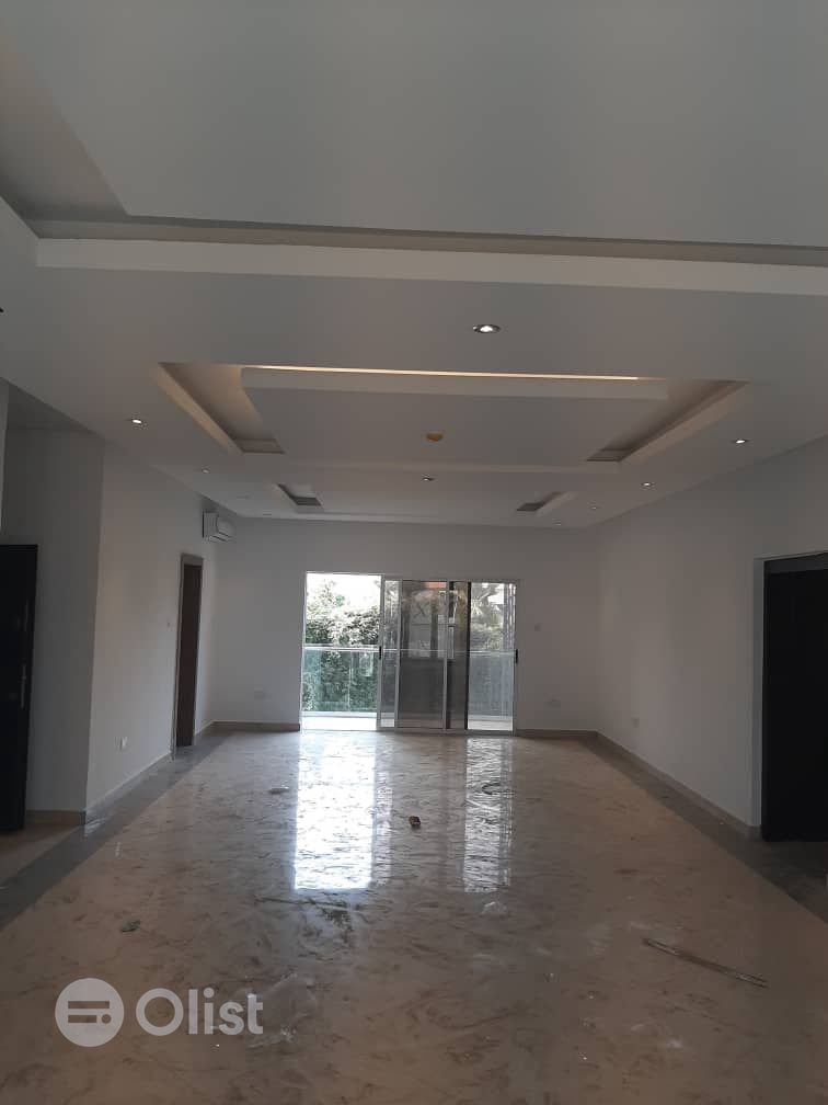 20UNITS OF 3BEDROOM FLATS TO LET