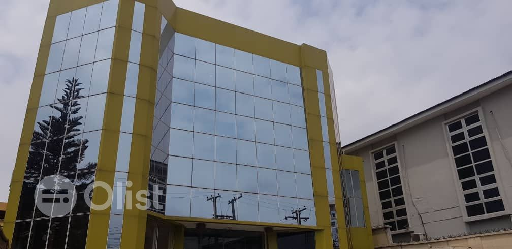 Brand new serviced 560sqm Office space on Opebi for rent