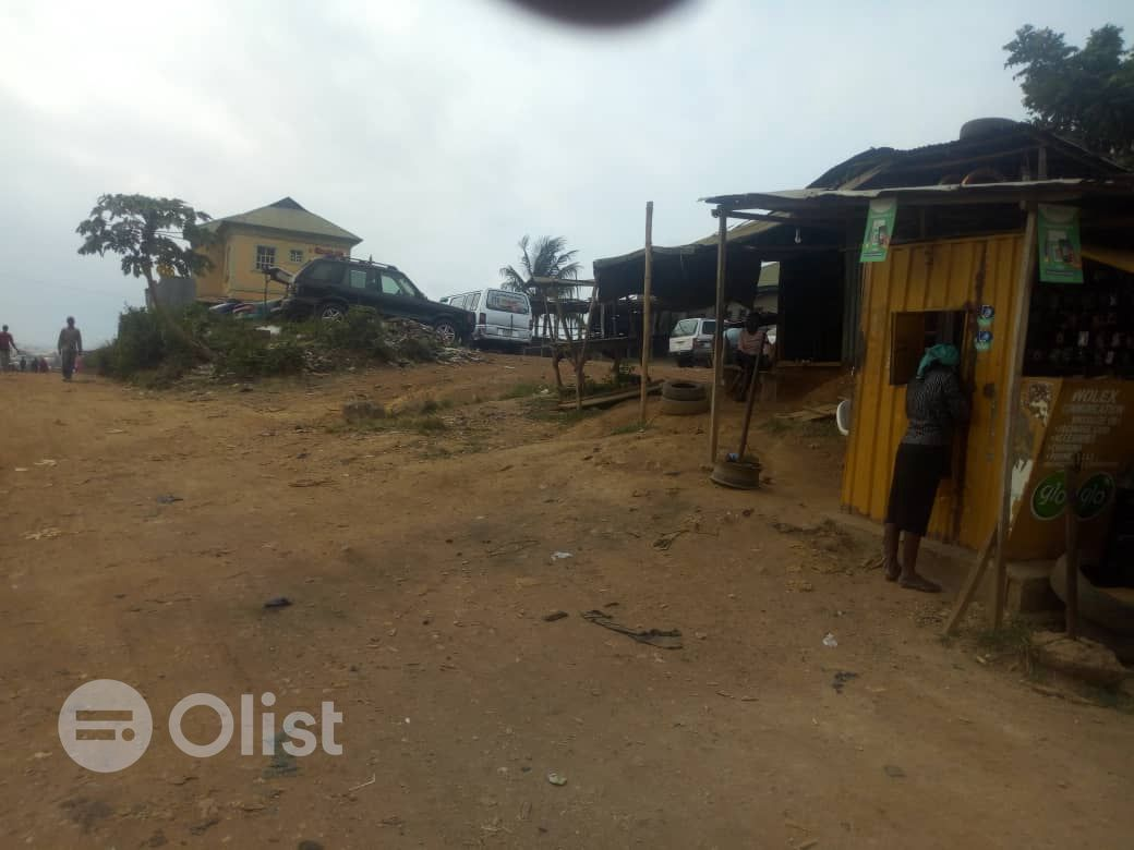 5 Plots of Land for Sale at Sawmill, Old Ife road