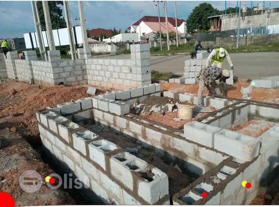 Land for sale in Emerald Court, Isheri