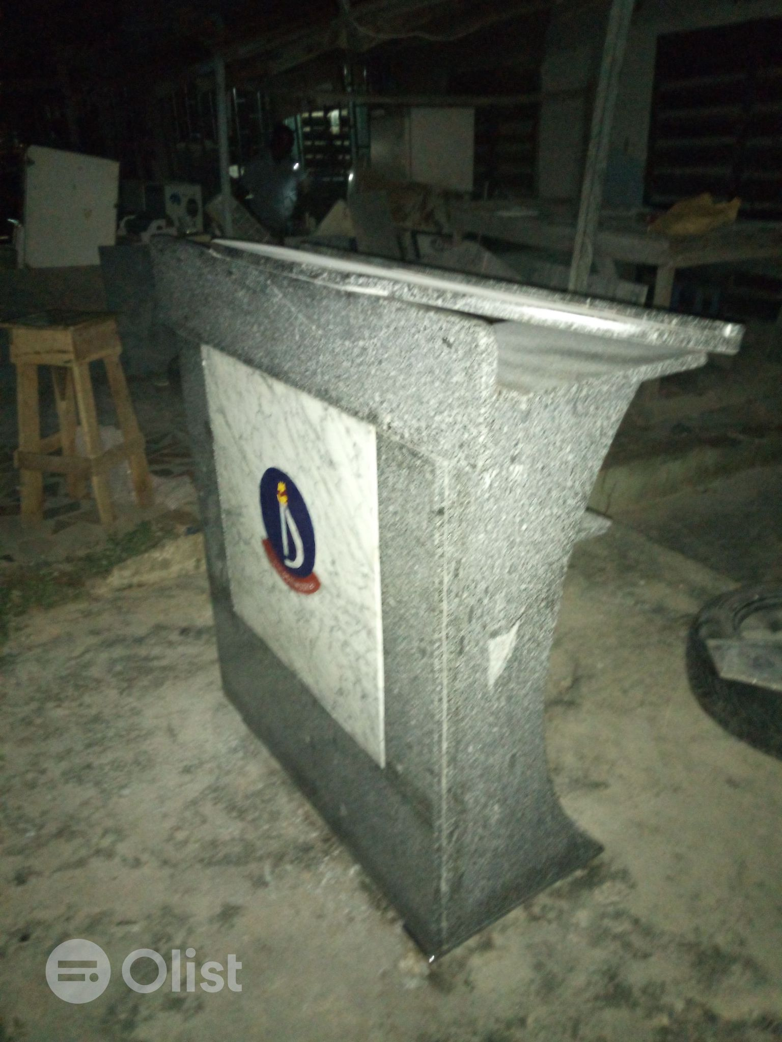 Marble and Granite Works Tombstone Grave Engraving Pulpits