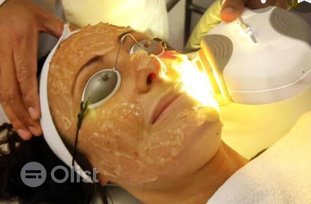 Facial With Pedicure And Manicure