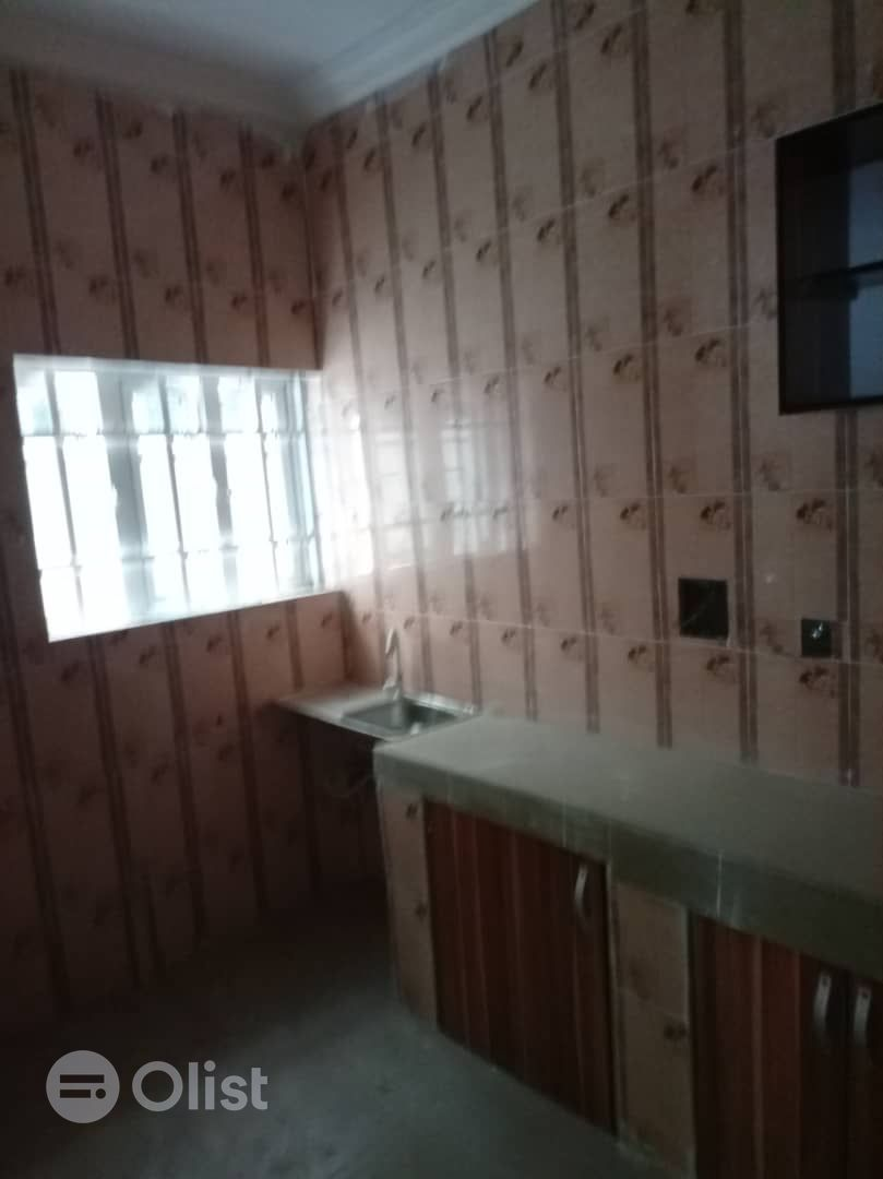 Newly built 2bedroom flat to let at valley view Estate, Ipaja Road