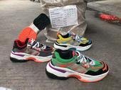 canvass shoe