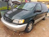 1999 Toyota Sienna Green Automatic Foreign Used