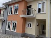 5bedroom detached house with ACs installed