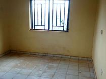 A three bedroom flat for rent in wuye