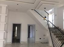 DUPLEX AVAILABLE FOR SALE  IN LAGOS