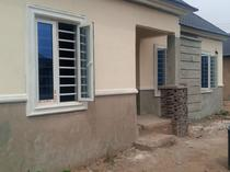 2 bedroom terrace bungalow to let in Magboro