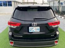 2019 Toyota Highlander Black Automatic Foreign Used