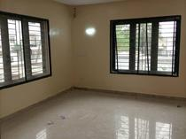A very big room in a shared apartment in lekki scheme 2
