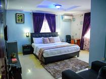 Private Luxury furnished 1bedroom For Short Lets