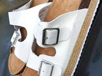 Mark and Spencer sliders buckle pams