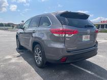 2017 Toyota Highlander  Automatic Foreign Used